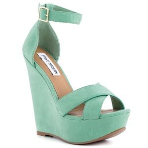 Steve Madden Xenon mint green strappy wedges NWB